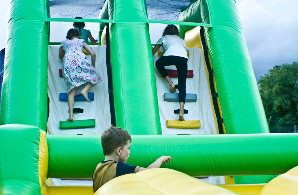 Giant Inflatable Obstacle Course 30 Metres - 11