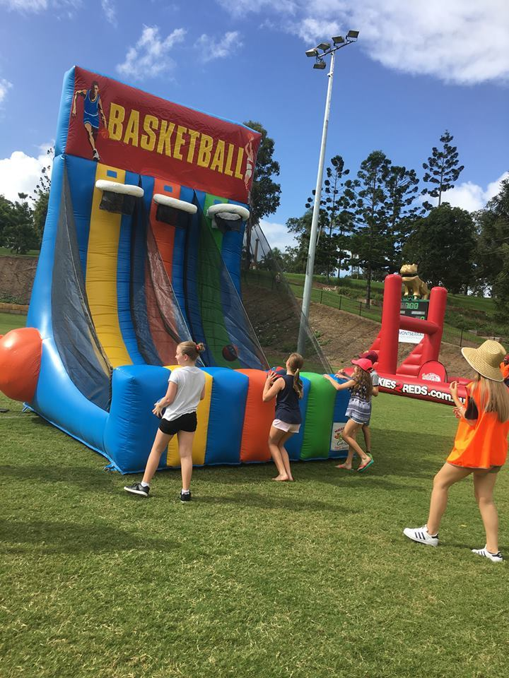 Inflatable Basketball Shootout Game